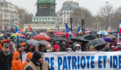 Les médias électroniques de l'extrême droite servent de caisses de résonance maximales à la mouvance nationaliste et à ses actions comme ici lors de la mobilisation «Jour de colère» de 2014.